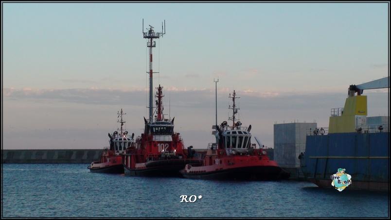 Liveboat in Diretta dall'Isola del Giglio e arrivo a Genova-sala-stampa-costa-crociere-geniova-voltri-porto-10-jpg