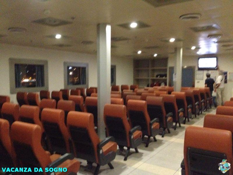 2014/07/26 Partenza, traghetto e precrociera-5mscsinfonia-prepartenza-direttaliveboat-crociere-navedeigiovani-jpg