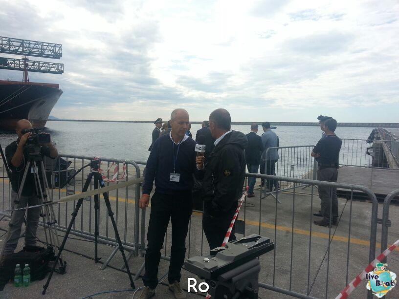 Liveboat in Diretta dall'Isola del Giglio e arrivo a Genova-03costaconcordia-genova-arrivo-jpg