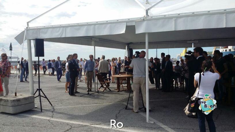 Liveboat in Diretta dall'Isola del Giglio e arrivo a Genova-04costaconcordia-genova-arrivo-jpg