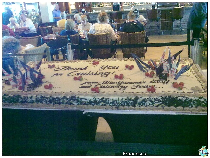 2014/05/17 Southampton -Independence OTS-8 GG. Norvegia  Fio-torta-arrivederci-windjammer-buffet-jpg