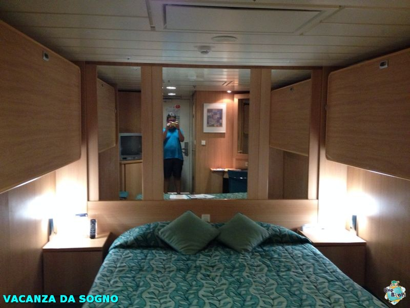 2014/07/27 Salerno, Italy (Imbarco)-8mscsinfonia-salerno-direttaliveboat-crociere-navedeigiovani-jpg