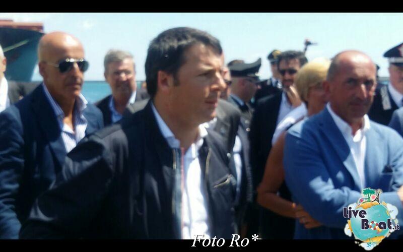 Liveboat in Diretta dall'Isola del Giglio e arrivo a Genova-2foto-costaconcordia-genova-arrivo-jpg