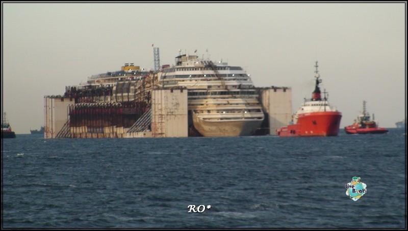 Liveboat in Diretta dall'Isola del Giglio e arrivo a Genova-35foto-costaconcordia-genova-arrivo-jpg