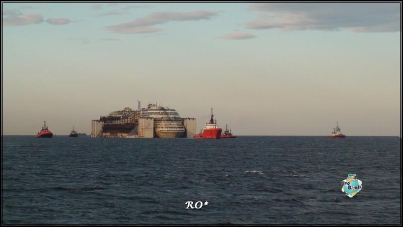 Liveboat in Diretta dall'Isola del Giglio e arrivo a Genova-36foto-costaconcordia-genova-arrivo-jpg
