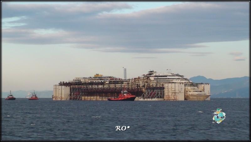 Liveboat in Diretta dall'Isola del Giglio e arrivo a Genova-37foto-costaconcordia-genova-arrivo-jpg