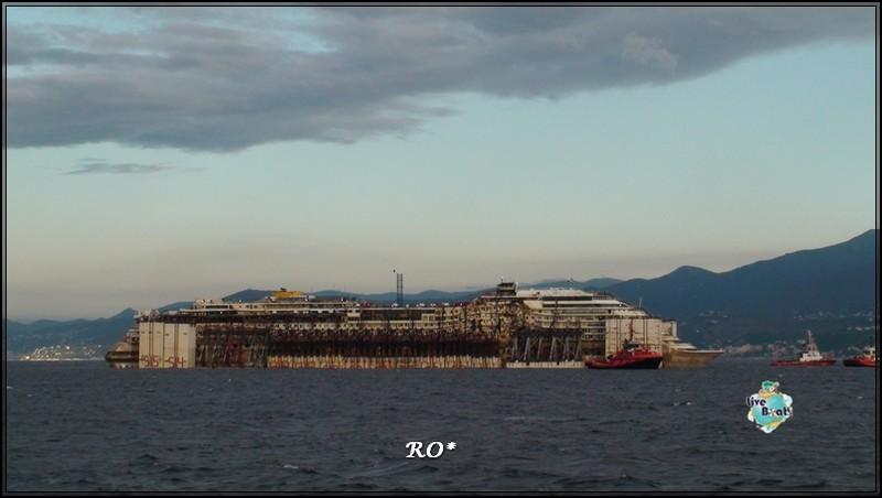 Liveboat in Diretta dall'Isola del Giglio e arrivo a Genova-40foto-costaconcordia-genova-arrivo-jpg