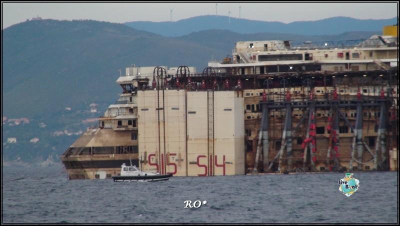 Liveboat in Diretta dall'Isola del Giglio e arrivo a Genova-46foto-costaconcordia-genova-arrivo-jpg
