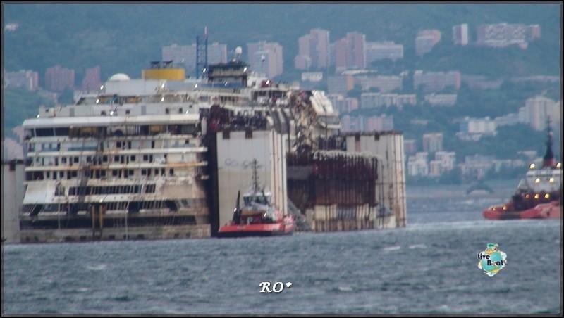 Liveboat in Diretta dall'Isola del Giglio e arrivo a Genova-51foto-costaconcordia-genova-arrivo-jpg