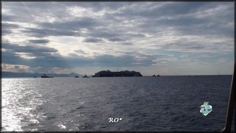 Liveboat in Diretta dall'Isola del Giglio e arrivo a Genova-59foto-costaconcordia-genova-arrivo-jpg