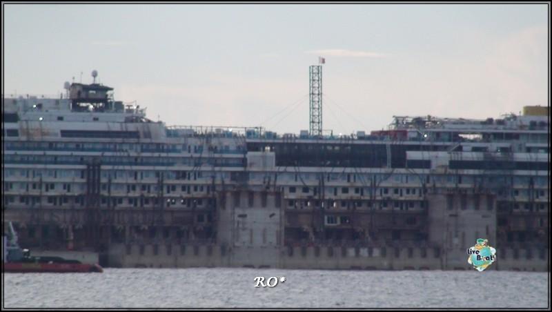 Liveboat in Diretta dall'Isola del Giglio e arrivo a Genova-63foto-costaconcordia-genova-arrivo-jpg