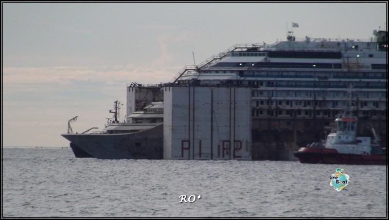 Liveboat in Diretta dall'Isola del Giglio e arrivo a Genova-65foto-costaconcordia-genova-arrivo-jpg