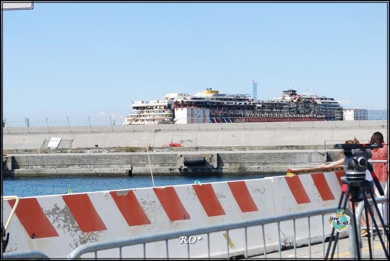 Liveboat in Diretta dall'Isola del Giglio e arrivo a Genova-9foto-costaconcordia-genova-arrivo-jpg
