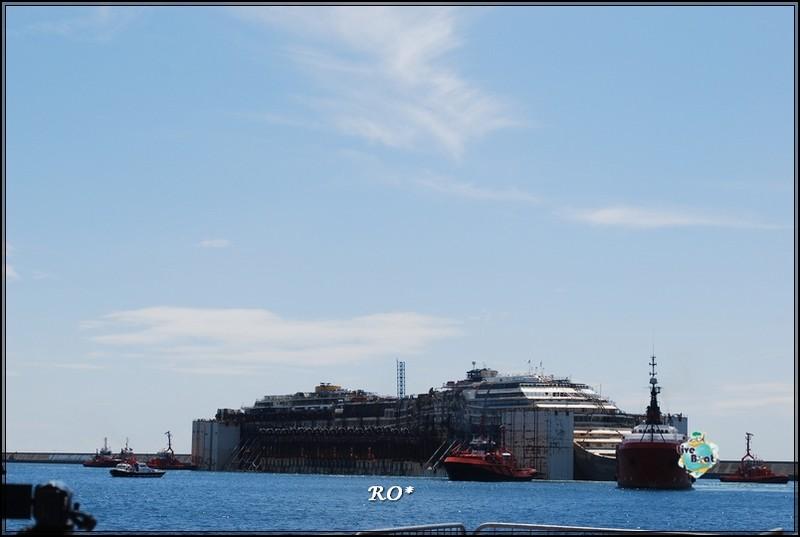 Liveboat in Diretta dall'Isola del Giglio e arrivo a Genova-20foto-costaconcordia-genova-arrivo-jpg