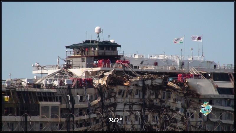 Liveboat in Diretta dall'Isola del Giglio e arrivo a Genova-71foto-costaconcordia-genova-arrivo-jpg