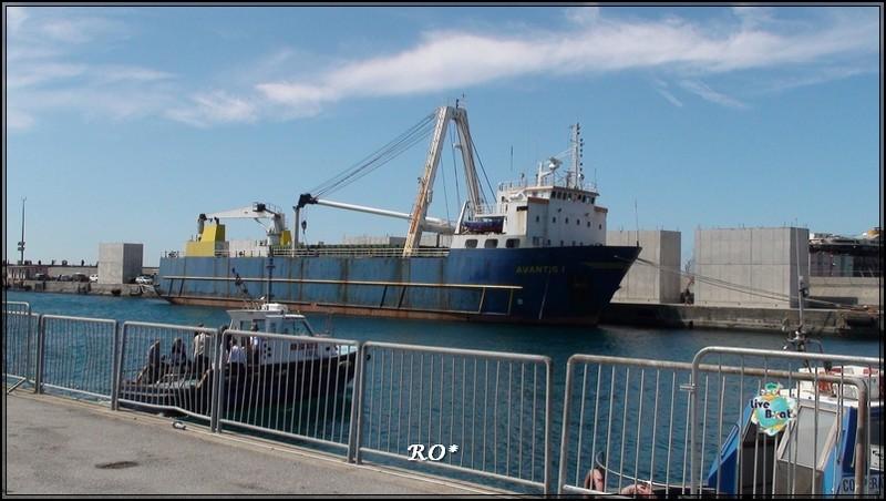 Liveboat in Diretta dall'Isola del Giglio e arrivo a Genova-76foto-costaconcordia-genova-arrivo-jpg