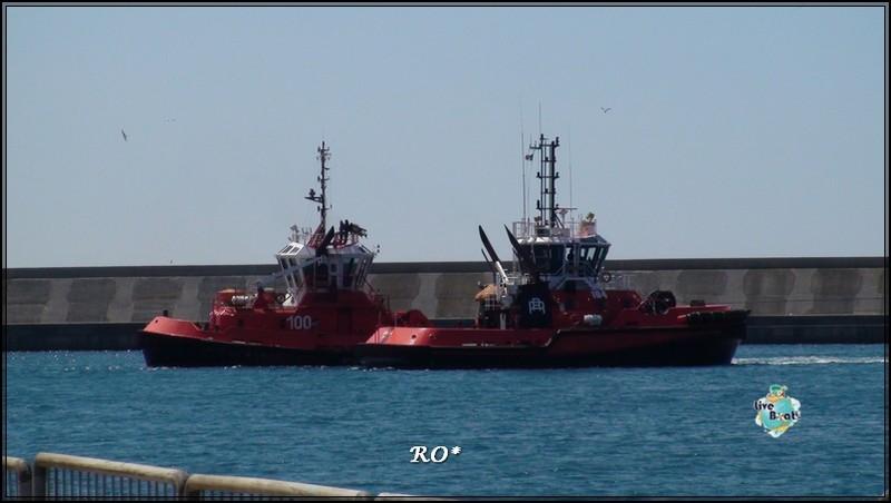 Liveboat in Diretta dall'Isola del Giglio e arrivo a Genova-79foto-costaconcordia-genova-arrivo-jpg
