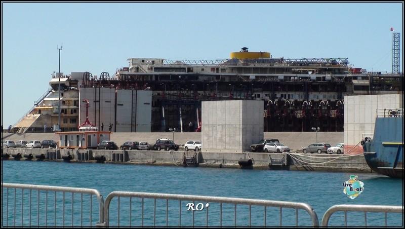 Liveboat in Diretta dall'Isola del Giglio e arrivo a Genova-80foto-costaconcordia-genova-arrivo-jpg
