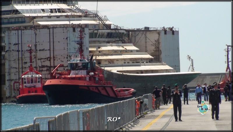 Liveboat in Diretta dall'Isola del Giglio e arrivo a Genova-91foto-costaconcordia-genova-arrivo-jpg