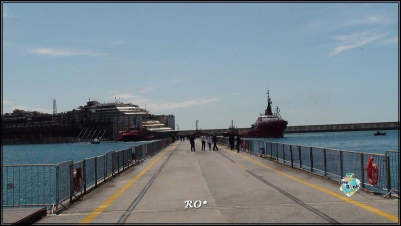 Liveboat in Diretta dall'Isola del Giglio e arrivo a Genova-92foto-costaconcordia-genova-arrivo-jpg