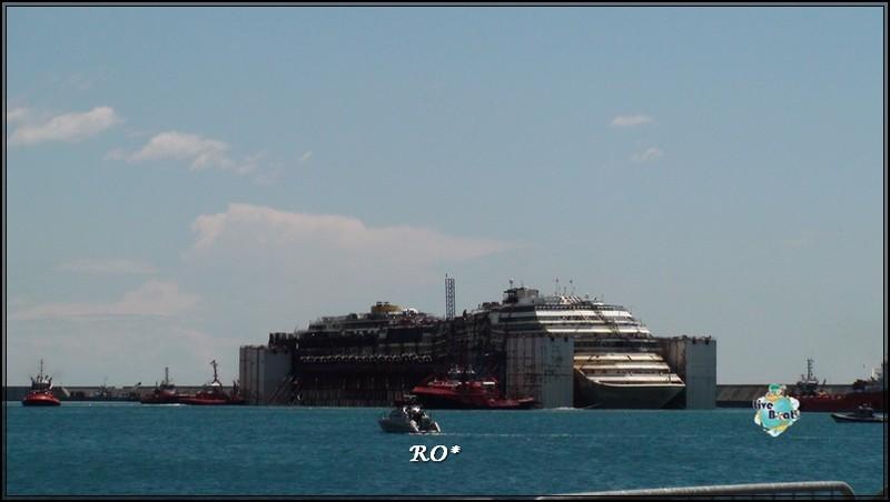 Liveboat in Diretta dall'Isola del Giglio e arrivo a Genova-96foto-costaconcordia-genova-arrivo-jpg