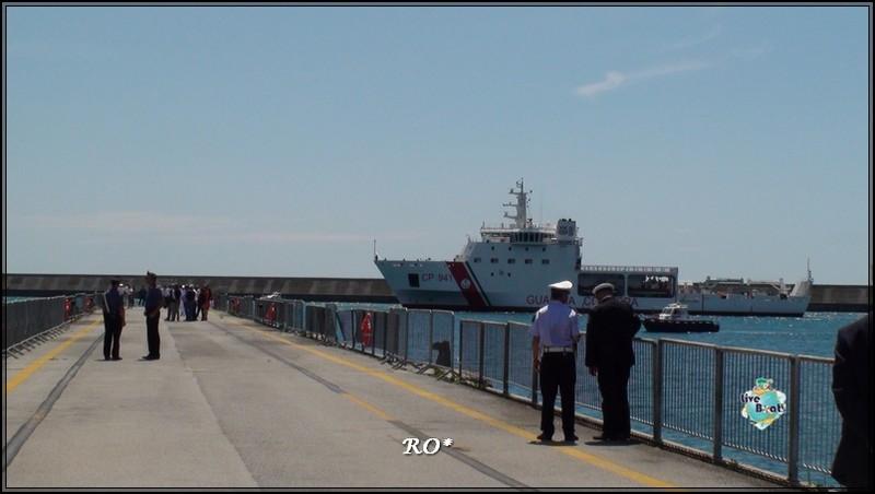 Liveboat in Diretta dall'Isola del Giglio e arrivo a Genova-97foto-costaconcordia-genova-arrivo-jpg