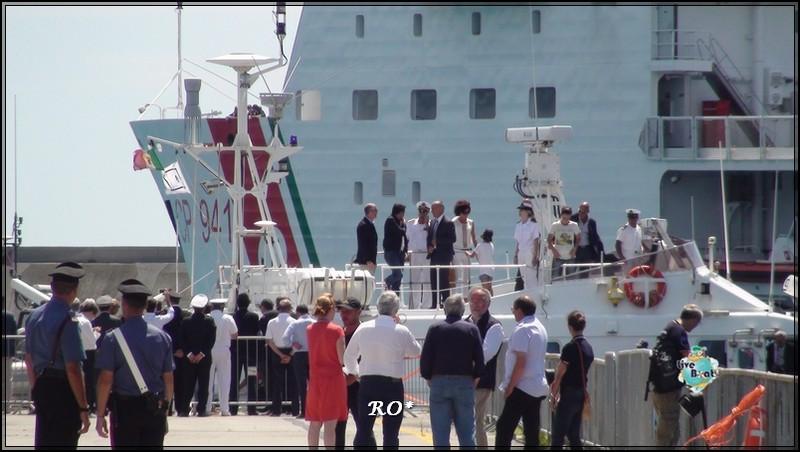 Liveboat in Diretta dall'Isola del Giglio e arrivo a Genova-101foto-costaconcordia-genova-arrivo-jpg