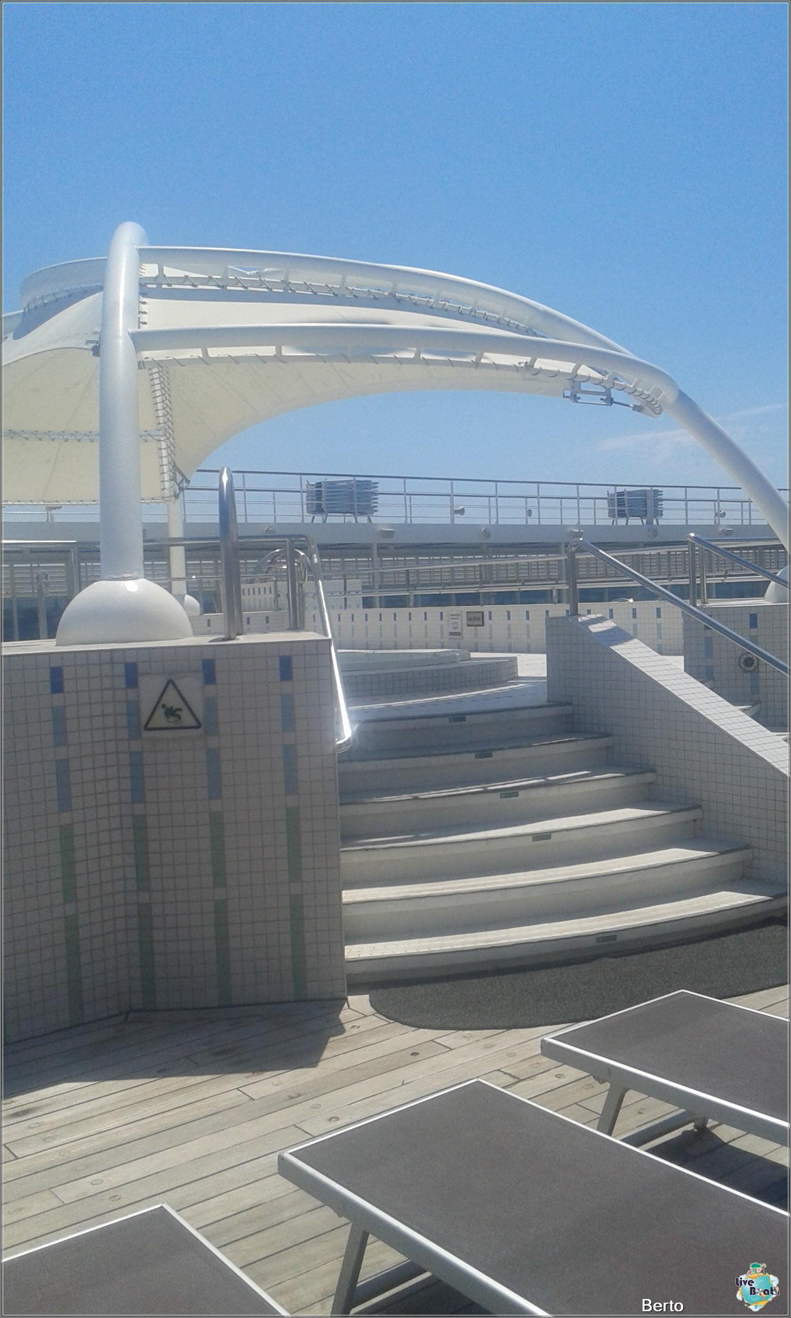 La zona lido/piscina di Msc Armonia-69msc-armonia-venezia-liveboatcrociere-jpg