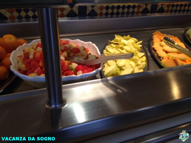 2014/07/28 Genova, Italy-5mscsinfonia-genova-direttaliveboat-crociere-navedeigiovani-jpg