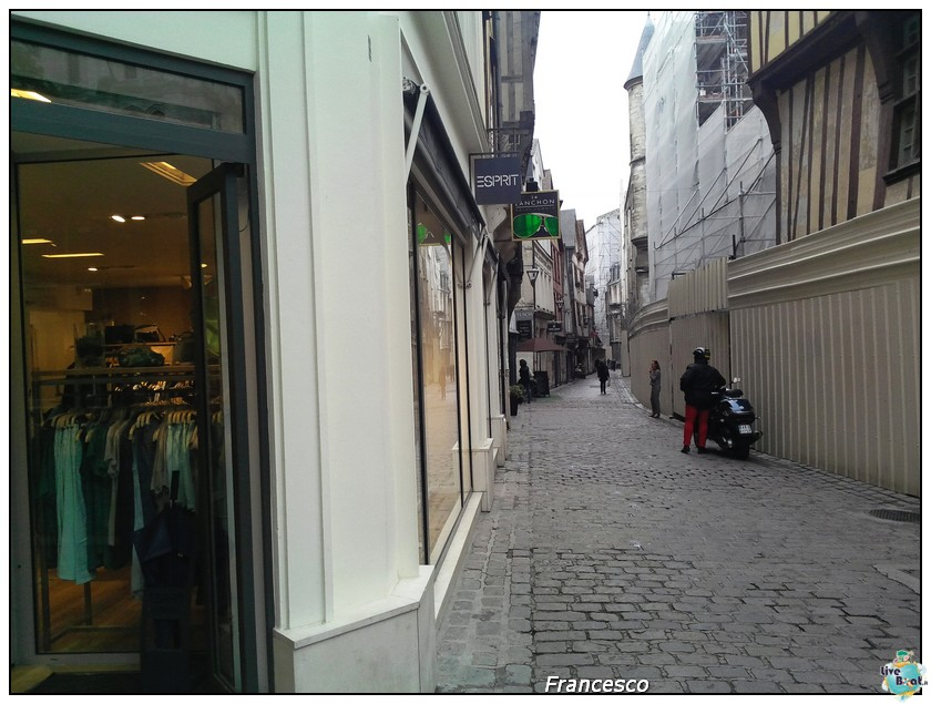 2014/05/25- Southampton -Independence OTS Francia e Spagna-6rouen-rue-du_gros-horloge-jpg