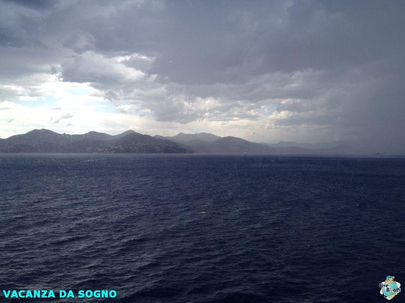 2014/07/29 Cannes, France-3mscsinfonia-cannes-direttaliveboat-crociere-navedeigiovani-jpg