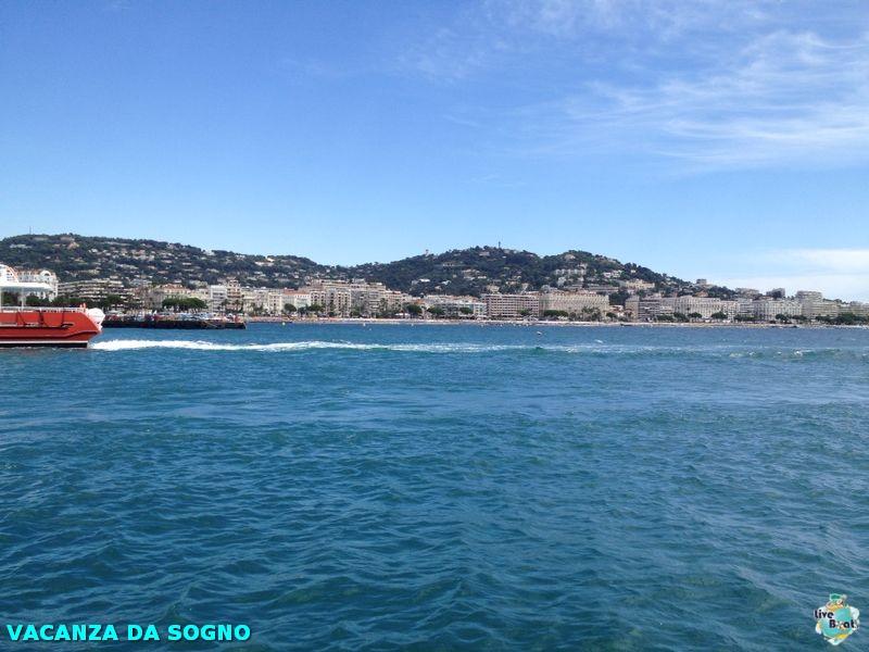 2014/07/29 Cannes, France-8mscsinfonia-cannes-direttaliveboat-crociere-navedeigiovani-jpg