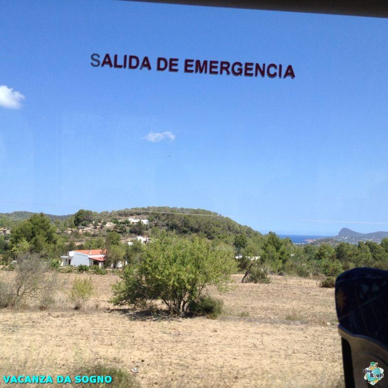 2014/07/31 Ibiza, Spain-8mscsinfonia-ibiza-direttaliveboat-crociere-navedeigiovani-jpg