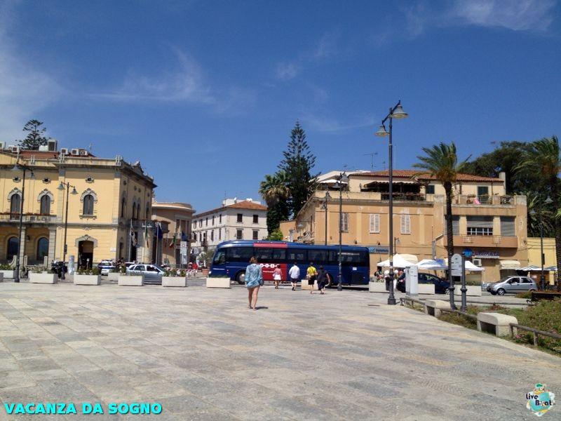 2014/08/02 Olbia, Italy-12mscsinfonia-olbia-direttaliveboat-crociere-navedeigiovani-jpg