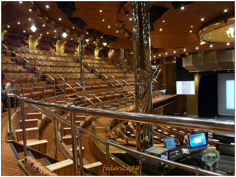 Costa Magica-Teatro Urbino-costamagica-teatrourbino00002-jpg