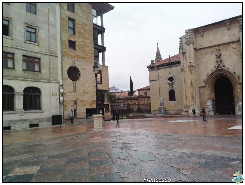 2014/05/25- Southampton -Independence OTS Francia e Spagna-1-oviedo-piazza-cattederale-jpg