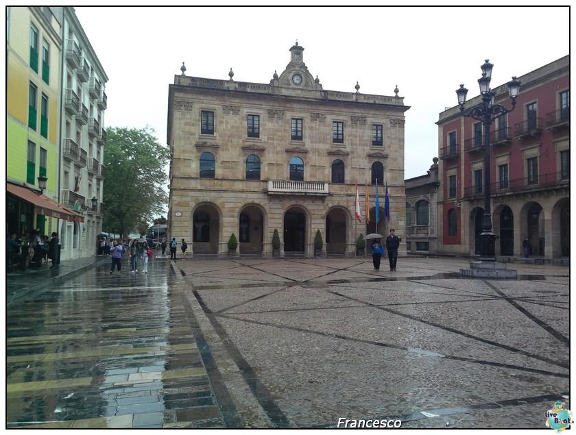 2014/05/25- Southampton -Independence OTS Francia e Spagna-gijon-plaza-mayor-municipio-jpg