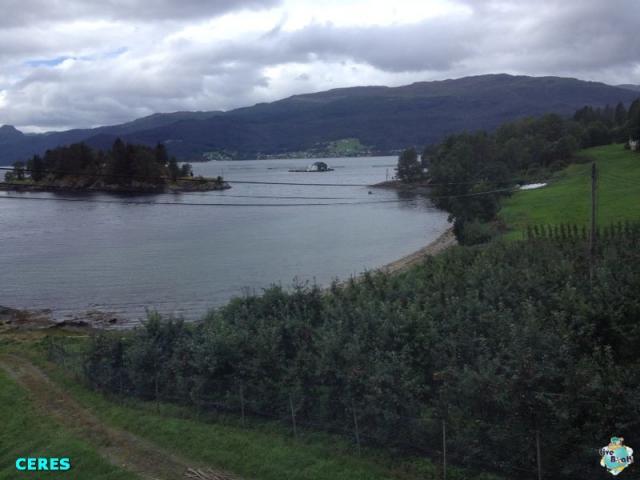 2014/08/20 - Bergen - Costa Fortuna-8costafortuna-bergen-direttaliveboat-handangerfjord-jpg