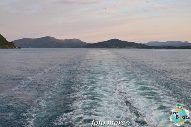 Navigazione turistica lungo il Geirangerfjord-6foto-liveboat-nord_europa-costa_luminosa-jpg