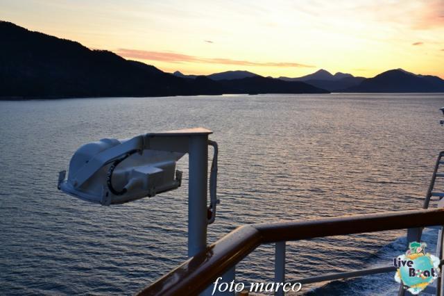 Navigazione turistica lungo il Geirangerfjord-9foto-liveboat-nord_europa-costa_luminosa-jpg