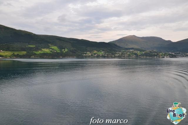 Navigazione turistica lungo il Geirangerfjord-18foto-liveboat-nord_europa-costa_luminosa-jpg