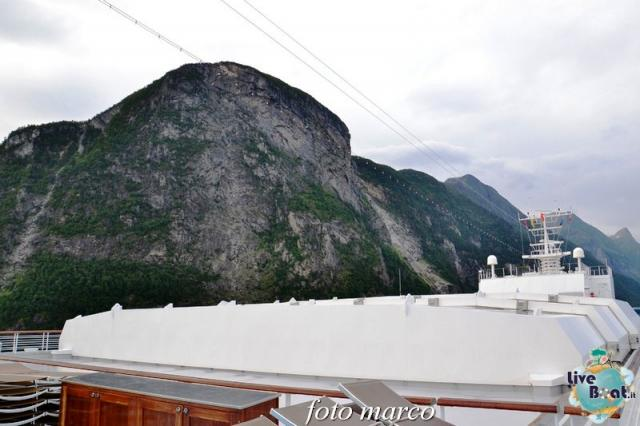 Navigazione turistica lungo il Geirangerfjord-23foto-liveboat-nord_europa-costa_luminosa-jpg
