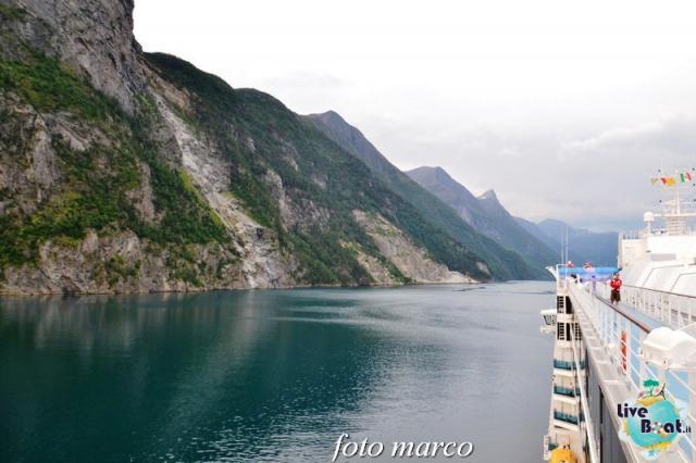 Navigazione turistica lungo il Geirangerfjord-25foto-liveboat-nord_europa-costa_luminosa-jpg