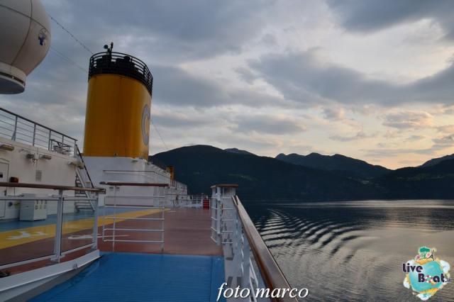 Navigazione turistica lungo il Geirangerfjord-26foto-liveboat-nord_europa-costa_luminosa-jpg