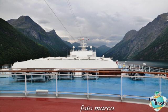 Navigazione turistica lungo il Geirangerfjord-27foto-liveboat-nord_europa-costa_luminosa-jpg