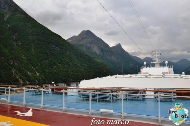 Navigazione turistica lungo il Geirangerfjord-28foto-liveboat-nord_europa-costa_luminosa-jpg
