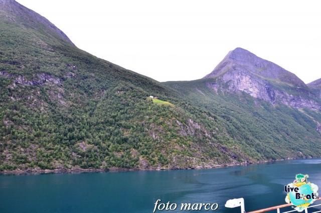 Navigazione turistica lungo il Geirangerfjord-30foto-liveboat-nord_europa-costa_luminosa-jpg