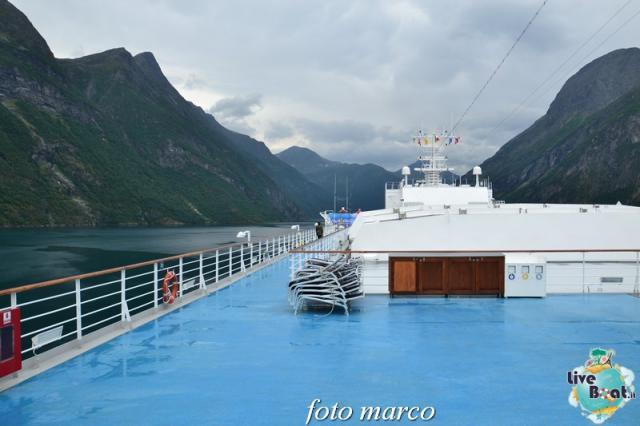 Navigazione turistica lungo il Geirangerfjord-31foto-liveboat-nord_europa-costa_luminosa-jpg