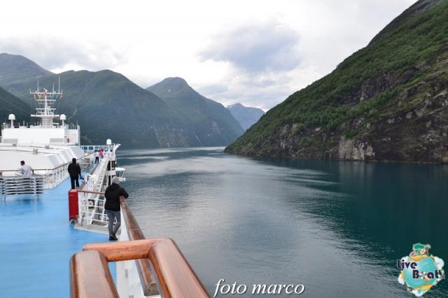 Navigazione turistica lungo il Geirangerfjord-35foto-liveboat-nord_europa-costa_luminosa-jpg