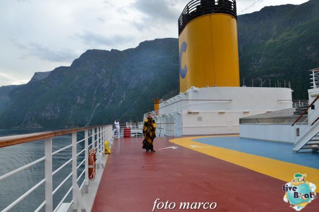 Navigazione turistica lungo il Geirangerfjord-37foto-liveboat-nord_europa-costa_luminosa-jpg